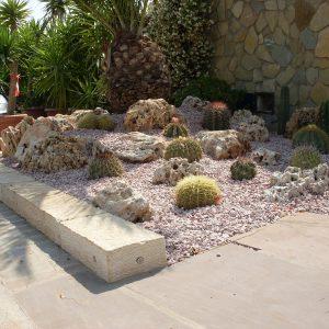 Natural stone edge