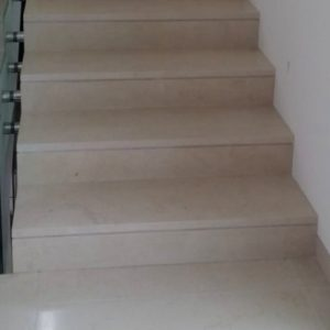 Natural french limestone Saint Germain - Interior stairs in