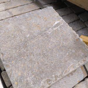 Natural stone Cèdre Cendré tile - Old Castle finished