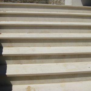 Cèdre Honey Natural Stone Staircase - Sandblasted finish
