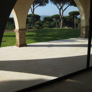 Natural stone exterior - Crema Nova floor slab